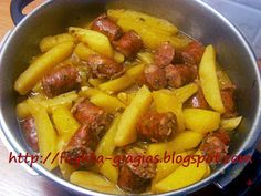 Lemon Potatoes, Stewed Potatoes, Cookbook Recipes, Cooking Recipes, Sausage And Egg, Food Platters, Greek Recipes, Food And Drink, Healthy Eating
