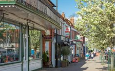 """The district of Hart in north east Hampshire, one of the least deprived areas in Britain, has perhaps understandably reclaimed its crown as the best place to live in the country.The """"tranquil"""" district has been awarded the top spot by lender Halifax five out of six times, but briefly lost its crown t"""