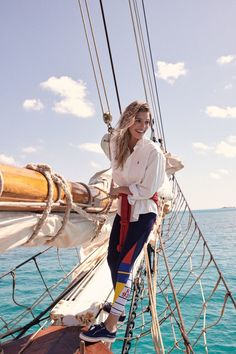 Top Luxury Blue Cruise Charters with Boat & Yacht in Italy and France on Gulet Victoria & Alissa, come live the dream & make memories in Sardinia & Corsica. Sailing Tattoo, Sailing Logo, Sailing Dinghy, Sailing Style, Sailing Ships, Sailing Outfit, Boating Outfit, Segel Tattoo, Segel Outfit