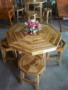 These kind of pallet stylish goal dining tables are best to keep in your home if you have a small family.It looks more attractive and sweet.Its up to the user how to paint it or make it look like more adorable.This one is well polished table crafted by a new artist.