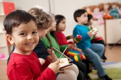 Community Center Offers Music Therapy for Non-Verbal Children. Sudbury is offering a music course for non-verbal children. Preschool Music, Teaching Music, Preschool Teachers, Preschool Education, L Intelligence, Music And Movement, Montessori Activities, Family Activities, School Readiness