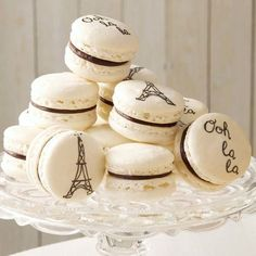 Elegant French Macarons
