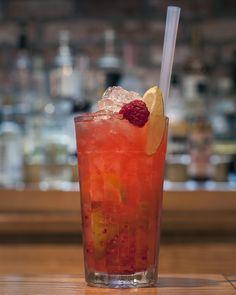 #TheCraftyPig #Glasgow #GlasgowRestaurant #GlasgowBar #Cocktail #Tropical #Garnish