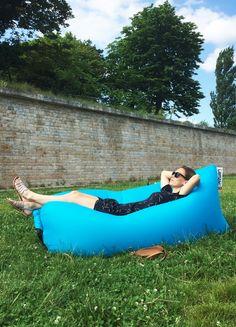 5 bonnes raisons d'acheter un Lamzac. Sur le blog, mon avis sur le #Lamzac de #Fatboy #outdoor #chill #detente #pouf