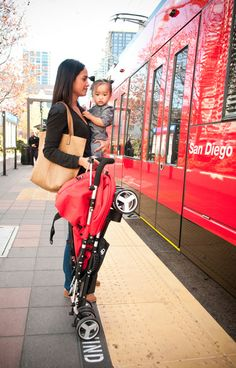 Top Rated Travel Stroller / Best Lightweight Umbrella Stroller for Travel: Bumbleride Flite