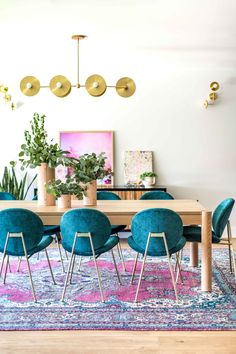 Colorful Eclectic Dining Room | Teal Velvet Chairs | Pink Teal Boho Oriental Rug | Velvet Dining Room Chairs | Velvet Dining Chairs | Dining Room Inspiration | Dining Room Ideas | Dining Room Decor | Gold Chandelier Light Fixture Teal Dining Chairs, Dining Room Colors, Dining Room Sets, Dining Room Design, Room Chairs, Teal Room Decor, Eclectic Dining Chairs, Bedroom Colors, Side Chairs