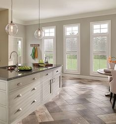 23 Rustic Country Kitchen Design Ideas to Jump Start Your Next Remodel - The Trending House Kitchen Blinds, Kitchen Flooring, Kitchen Furniture, Tile Floor Kitchen, Kitchen Curtains, Country Kitchen, New Kitchen, Kitchen Decor, Kitchen Colors