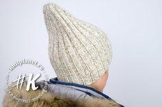 Knitting cowl patterns winter 30 Ideas for 2019 Crochet Baby Boots, Crochet Slippers, Crochet Pillow Pattern, Crochet Patterns, Cowl Patterns, Scarf Hat, Beanie Hats, Easy Crochet, Crochet Lace