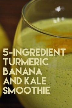 Banana Kale Smoothie, Kale Smoothie Recipes, Turmeric Smoothie, Weight Loss Smoothie Recipes, Raspberry Smoothie, Weight Loss Drinks, Fruit Smoothies, Healthy Smoothies, Turmeric Detox