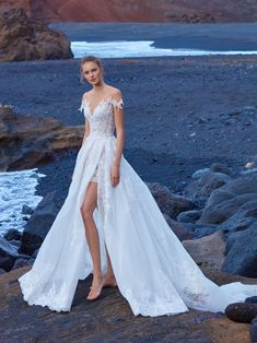 1004 from GALA No. V Article: See the Latest Bridal Gowns from GALA by Galia Lahav Photography: Courtesy of Galia Lahav Read More: http://www.insideweddings.com/news/fashion/see-the-latest-bridal-gowns-from-gala-by-galia-lahav/4219/