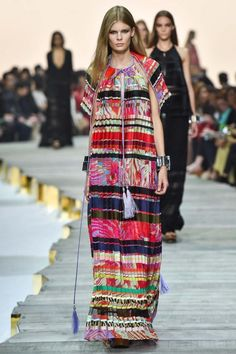 This look is from the Roberto Cavalli Spring 2015 Fashion Week show. It features a bohemian, peasant style dress, a look which has roots in the 70s Fashion, Colorful Fashion, Runway Fashion, Fashion Show, Fashion Trends, Milan Fashion, Roberto Cavalli, Dior Couture, Spring 2015 Fashion