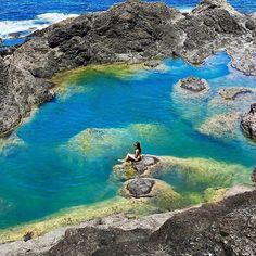 """Mermaid Pools, Matapouri Bay, Northland - New Zealand (@travelnewzealand) on Instagram: """"#7 in the #tnzswim series is the """"Mermaid Pools"""" of Matapouri. These pools make for a great summers. #mermaidpools_NZ. #matapouribay_NZ"""