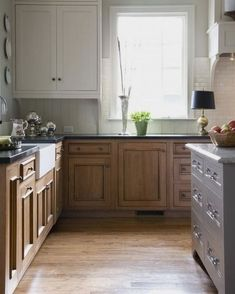 Kitchen Cabinet Storage Decoration  #cabinetry #NavyKitchenCabinet Kitchen Cabinets Color Combination, Two Tone Kitchen Cabinets, Kitchen Cabinet Colors, Upper Cabinets, Painting Kitchen Cabinets, Kitchen Redo, Kitchen Colors, Kitchen Design, Kitchen White