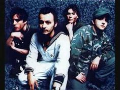 manic street preachers - The Girl Who Wanted To Be God -loved love this song