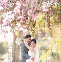 Spring is in full swing on this #WeddingWednesday 👰🏻🌸 #LaubergeDelMarWeddings 📸 by @david_manning