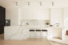 20 of the most stunning marble kitchens www.completeconstruct.com.au
