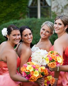 Pink Bridesmaids, flowers