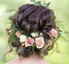 Whether you are having a garden wedding or a bohemian wedding, flower crowns are the loveliest accessory. Bonus: there are way more flower crown hairstyles than you may think and a crown can add an extra touch to a beautiful half do, updo or a simple braid. Read More #weddingcrowns