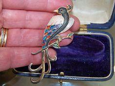 VINTAGE-SIGNED-FISH-JEWELLERY-CLOISONNE-ENAMEL-BIRD-OF-PARADISE-BROOCH-SHAWL-PIN