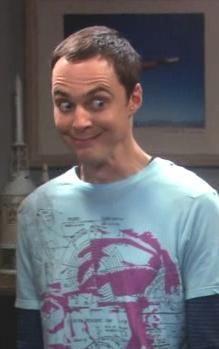 Sheldon Cooper de The Big Bang Theory-sheldon-cooper-sonrie. Big Bang Theory, The Big Theory, Bigbang, Mayim Bialik, Jim Parsons, Nick Miller, Himym, Haha, Film Serie