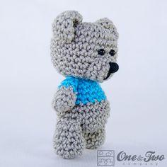 Ravelry: Sam, the Little Teddy Bear pattern by Carolina Guzman Teddy Bear Patterns Free, Crochet Dolls Free Patterns, Crochet Crafts, Crochet Toys, Free Crochet, Small Teddy Bears, Knitted Teddy Bear, Crochet Doll Clothes, Child Doll