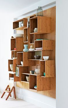 Would die for these Bamboo shelves!