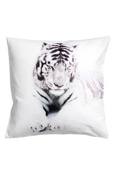 Photo print cushion cover: Cushion cover in cotton twill with a photographic print on the front and concealed zip at the bottom.