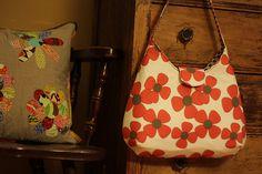 Free Fabric Handbag Patterns   Pattern ~ I adore this flirty A-line free purse pattern with a fabric ...