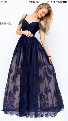 Resultado de imagem para vestido longo azul 2017