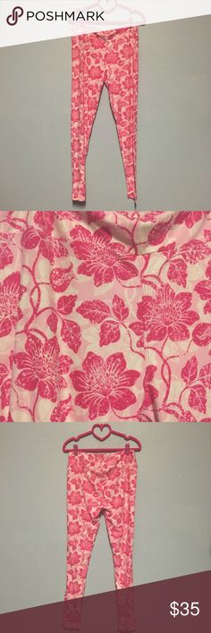 TC NWOT Hawaiian floral leggings TC Hawaii floral leggings. Never worn or tried on. Light Pink background with hot pink flowers. Made in Vietnam. (Just trying to recoup some cost with posh fees) Offers welcome! LuLaRoe Pants Leggings