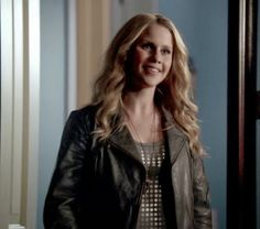"""Rebekah 's Armani Exchange Slouchy Grommet Tee The Originals Season 1, Episode 5: """"Fruit of the Poisoned Tree"""" - Spotted on TV"""