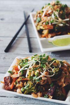 #vegan pad thai - use dates instead of tamarind paste!   RECIPE on hotforfoodblog.com