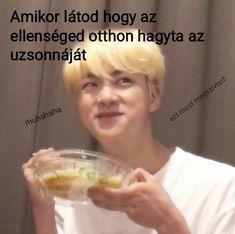Jimin, Bts Jin, Bts Taehyung, Yoonmin, Bts Memes, Kpop, Army Memes, Memes In Real Life, Memes Funny Faces