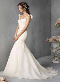 Strapless Sweep Train A-line Chiffon Wedding Dress