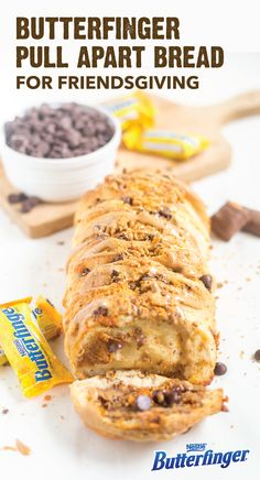 It doesn't take much to create this Butterfinger Pull Apart Bread. Perfect for a Friendsgiving or Thanksgiving celebration, this sweet dessert recipe combines store-bought biscuits; creamy peanut butter; rich chocolate chips; and the crispety, crunchety, peanut-buttery taste of BUTTERFINGER® Fun Size candy bars. Click here to learn how you can make this classic fall treat.