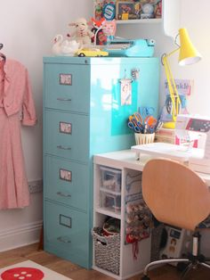 Sewing Space Tours... Ashley's Sewing Sanctuary!
