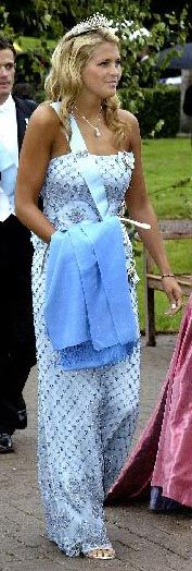 Princess Madeleine wore this tiara for the wedding of Prince Manuel of Bavaria on August 6, 2005.