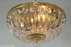 Kristallen plafonniere 21382 Bekijk ook onze antieke kroonluchters op www.lansantiek.com!