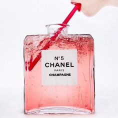 Champagne Chanel No. 5 by Tyler Shields. Photographer Tyler Shields is best known for his controversial subject matter and shocking pop culture images of celebrities. Tyler Shields, Champagne, Art En Ligne, Photo D Art, Chanel Paris, Chanel Pink, Color Photography, Editorial Photography, Photography Magazine