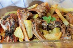 Agnello al forno con patate ricetta pugliese il mio saper fare Calamari, Cheesesteak, Poultry, Lamb, Pork, Beef, Ethnic Recipes, Sausages, Gadget