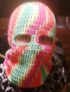 Keep the chill out of your child's face this winter with this warm and quick ski mask.