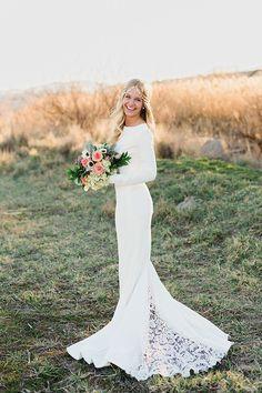 Column Wedding Dress with a Lace Train | Amanda Hendrickson Photography | Blush and Gold Boho Bride at Magic Hour #bride #boho #bohemian #bouquet #weddingdress