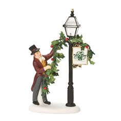 "Department 56: Products - ""Decorating The Lamp Post"" - View Accessories"
