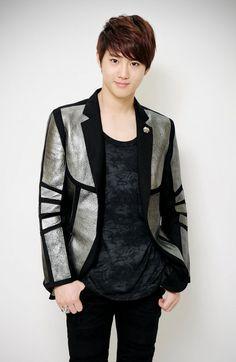EXO. Suho Suho Exo, Exo K, Exo Album, Wu Yi Fan, Kim Joon, Kim Junmyeon, Kris Wu, Exo Members, Gorgeous Men