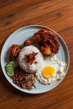 28 Best Restaurants in Singapore - Condé Nast Traveler Singapore Food, Singapore Travel, The Neighbor, Nasi Lemak, Malaysian Food, Food Places, Restaurant Recipes, International Recipes, Food Presentation
