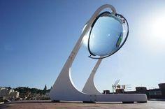 Les panneaux photovoltaïques sont dépassés, ils n'arrivent pas à la cheville de la sphère solaire Rawlemon. Non, car cette dernière est capable de produire beaucoup plus d'énergie.