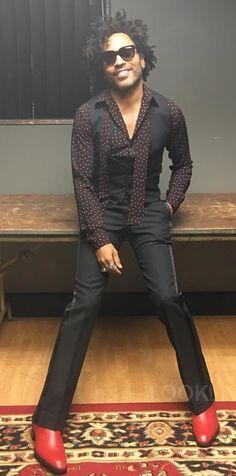 Lenny Kravitz, Young T, African American Culture, Dope Fashion, Men Fashion, Rocker Style, Polka Dot Shirt, David Beckham, Party Fashion
