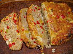 Gehakt is altijd veelzijdig en lekker. De paprika`s moesten op dus heb er een gehaktbrood van gemaakt met een vleugje Grieks erin. Heel erg lekker, wel...
