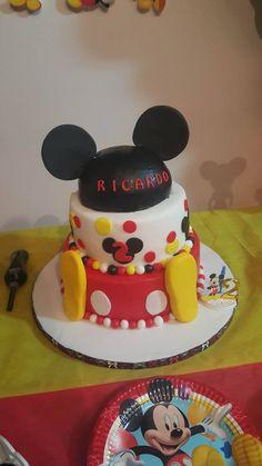 La bellissima torta di Topolino per il compleanno di Ricardo! Grazie a Cinthia per la foto :)