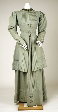 Suit Date: ca. 1908 Culture: American Medium: wool Accession Number: 1989.246.6a, b